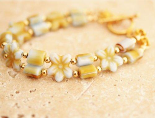 Czech Glass Flower Bracelet