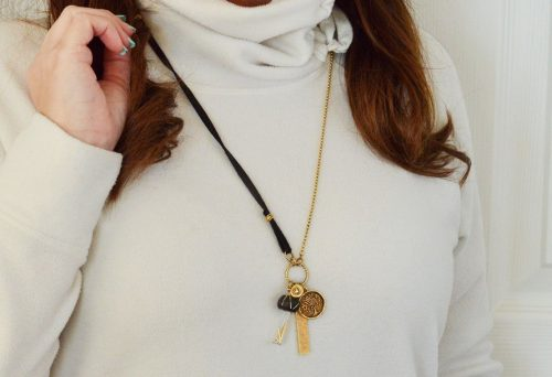 gold jewellery necklace